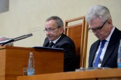 Jaroslav Kubera a Milan Štěch na jednání Senátu