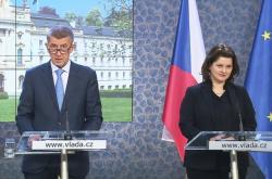 Andrej Babiš a Jana Maláčová po jednání tripartity