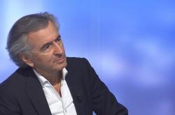 Francouzský filozof  Bernard-Henri Lévy