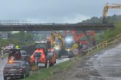 Demolice nadjezdu na dálnici D1