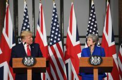 Tisková konference po jednání DonaldaTrumpa s Theresou Mayovou