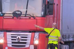 Okolo českých dálnic vznikne více parkovacích míst