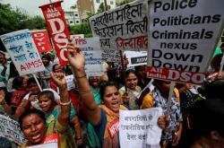 Demonstrace proti násilí na ženách v Indii
