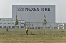 Továrna Nexenu na výrobu pneumatik u Žatce
