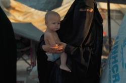 Matky v táboře vychovávají v radikální víře v Islámský stát