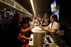 Po krachu společnosti Thomas Cook se na letištích hromadili její klienti