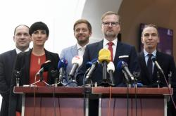 Představitelé některých opozičních stran