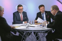 Fojtěch Filip (KSČM), Zbyněk Stanjura (ODS) a Radek Vondráček (ANO) v Otázkách Václava Moravce