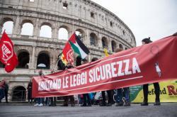 Lidé v Římě protestoali proti násilí