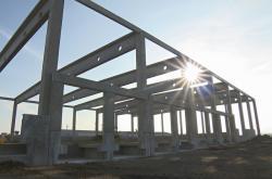 Na brněnském letišti roste nová hala