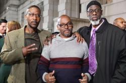 Muži strávili ve vězení 36 let za vraždu, kterou nespáchali