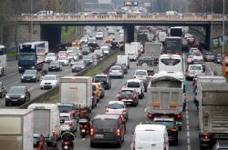 Zácpy na pařížském silničním okruhu