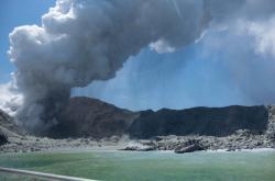 Výbuch sopky na ostrůvku White Island
