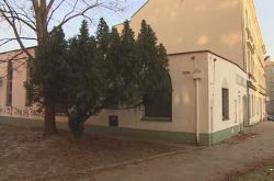 Brněnská mešita s výhružným nápisem
