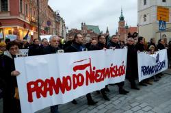 Protest polských a evropských soudců ve Varšavě