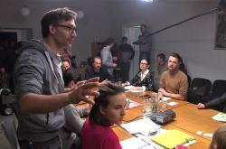 Režisér Jiří Havelka s herci při natáčení českého filmu Vlastníci
