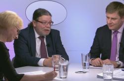 Kateřina Konečná (KSČM), Alexandr Vondra (ODS) a Tomáš Petříček (ČSSD)