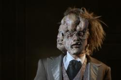 Tomáš Havlínek jako Joseph Merrick v muzikálu Elefantazie