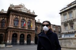 Itálie se stává zemí duchů. Obyvatelé v rámci nařízení spojených s koronavirem omezili společenský život