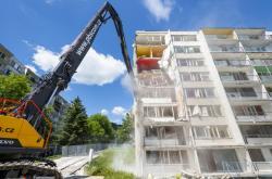 Demolice domu v Litvínově