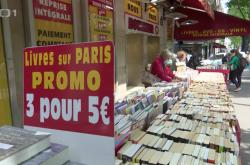 Prodej knih v Paříži