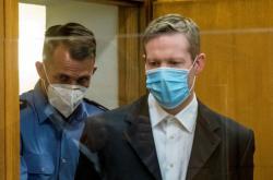 Stephan Ernst přichází k soudu