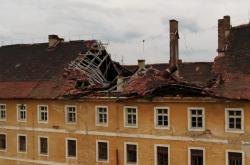 Rozpadlá Terezínská budova