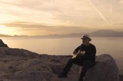 David Gilmour v klipu k písni Yes, I Have Ghost