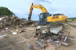 Postižené obce se stále vypořádávají s následky povodní