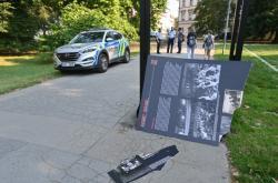 Vandalové poničili panely z výstavy připomínající vraždu Milady Horákové