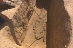Hrob keltského bojovníka u Brandýsa nad Labem