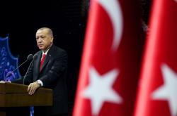 Turecký prezident Erdogan při pondělním proslovu v Ankaře