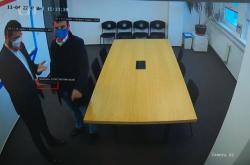 Technologie rozpozná ozbrojeného člověka