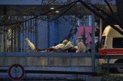 Převoz pacientů do Fakultní nemocnice Královské Vinohrady