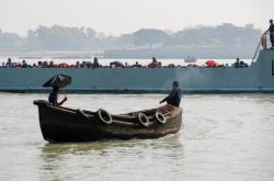 Loď s Rohingy