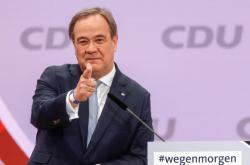 Armin Laschet povede CDU