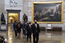 Manažeři žaloby přicházejí do Senátu