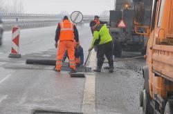 Opravy silničních výtluků
