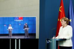 Merkelová na summitu EU-Čína