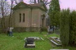 Vyloupená rodinná hrobka rodu Dobřenských z Dobřenic