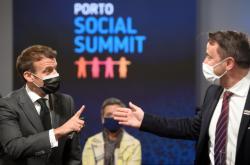 Summit v Portu