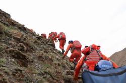 Záchranáři na místě závodu