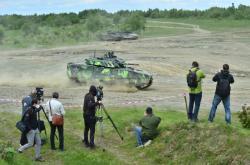 Testování bojových vozidel pěchoty na Libavé