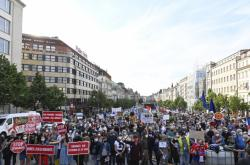 Demonstrace spolku Milion chvilek pro demokracii dne 1. června