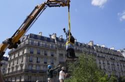 Replika sochy Svobody zamíří z Francie do USA