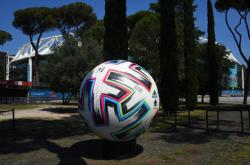Začíná fotbalové místrovství Evropy