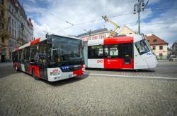 Nové barvy vozů MHD v Praze