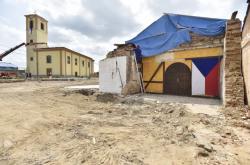 Poničený kostel svatého Jakuba Staršího v Moravské Nové Vsi