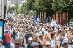 Protestující v Nice ve Francii