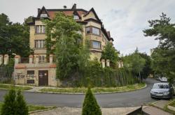 Vila v ulici Nad Výšinkou v Praze 5